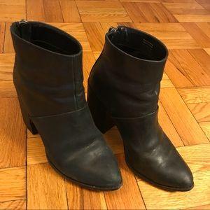 Aldo size 7.5 black leather booties